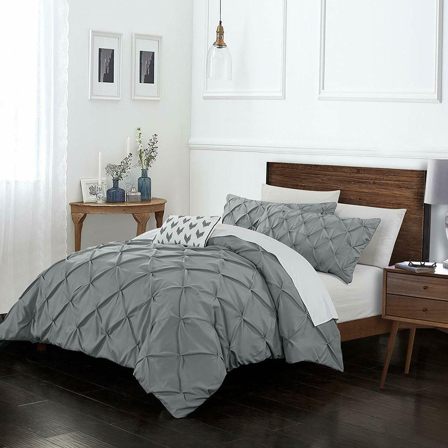 3 Pintuck Cover 1800TC Size , Grey