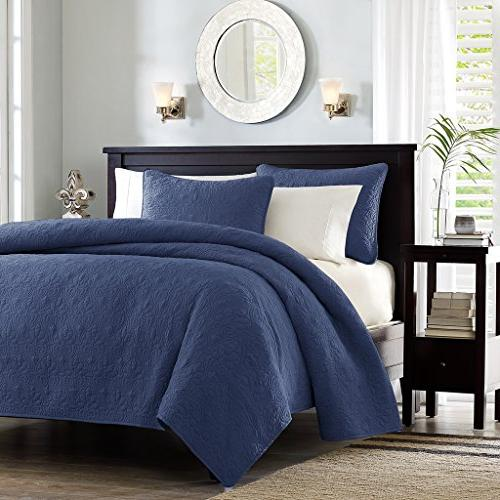 Madison Park Quebec Dusty Pale Navy 3-Piece Quilted King Cov