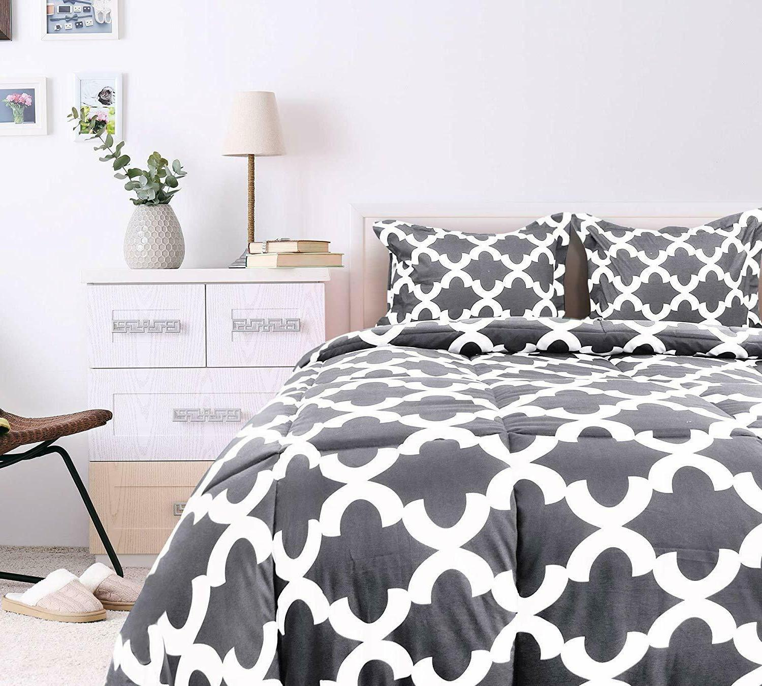 Printed Set 2 Shams Microfiber by Utopia Bedding