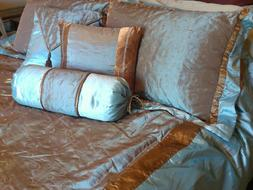 NEW Custom Made Full Duvet/Coverlet, 2 Shams, 3 Pillows & Do